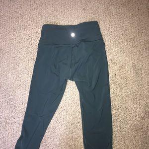 Lululemon 7/8 crop teal leggings.